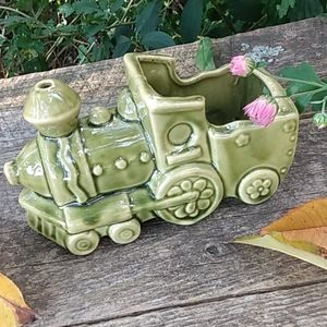 McCoy Train Planter